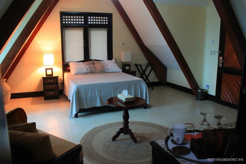 utopia-resort-lily-right-room-puerto-galera-philippines-021
