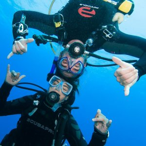 padi open water diver course anilao philippines